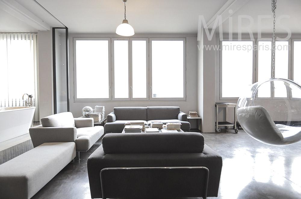 Modern living room. C1675