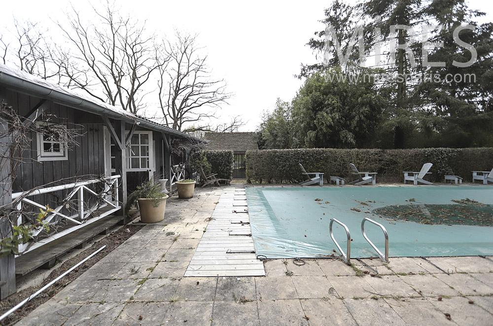 Pool Bungalow. C1685