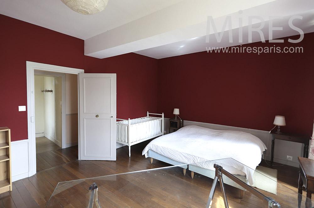 Chambre, rouge et blanc. C1690   Mires Paris