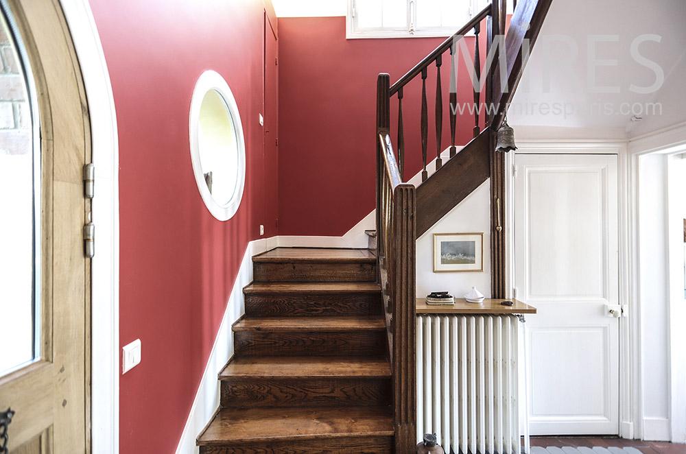Escalier rouge. C1697