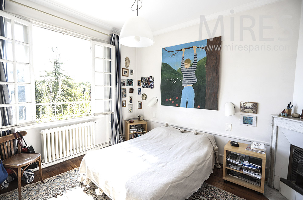 White room. C1697
