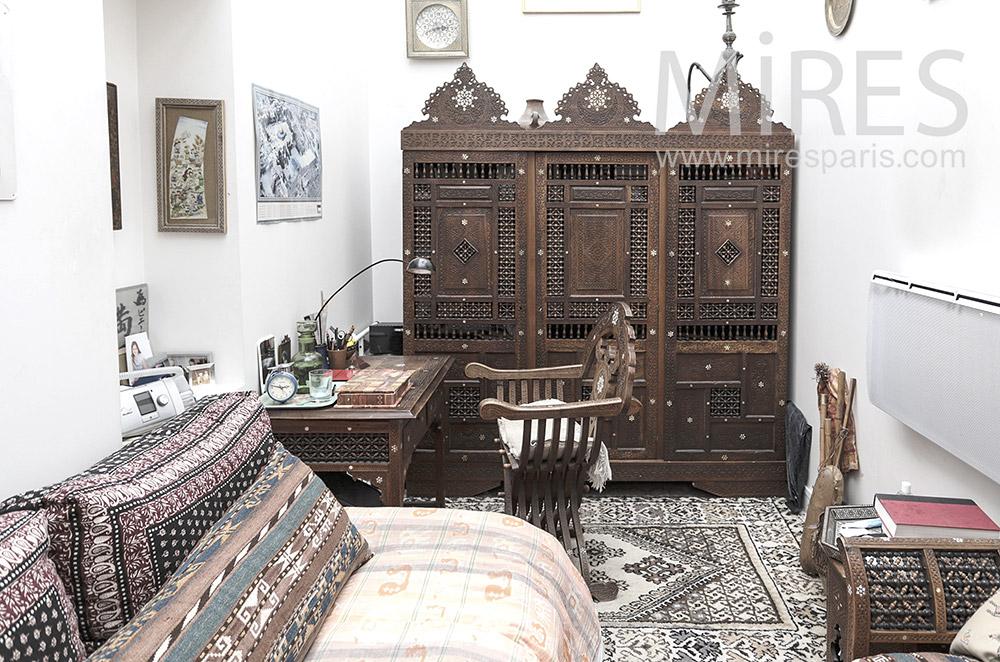 Bureau orientaliste. C1698