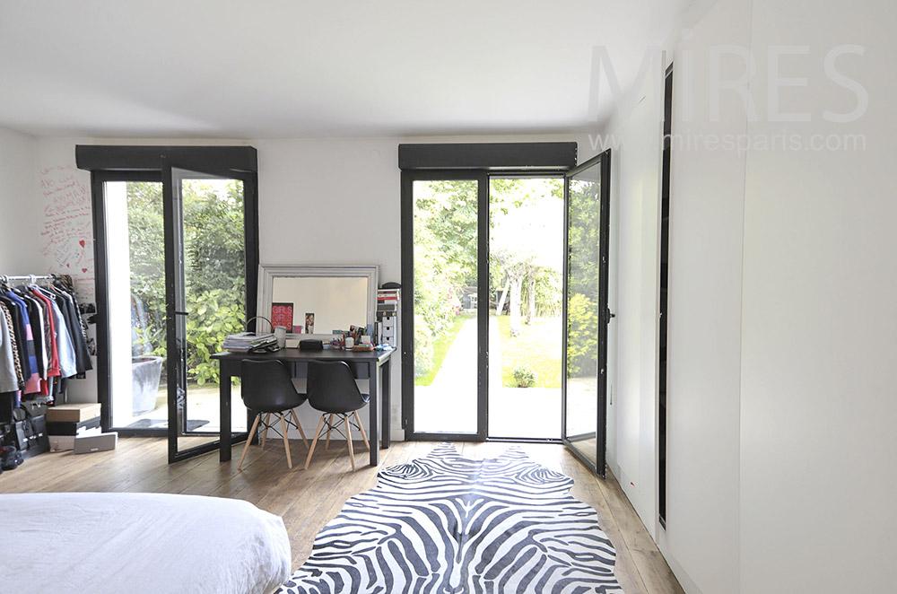 Chambre sur jardin. C0067