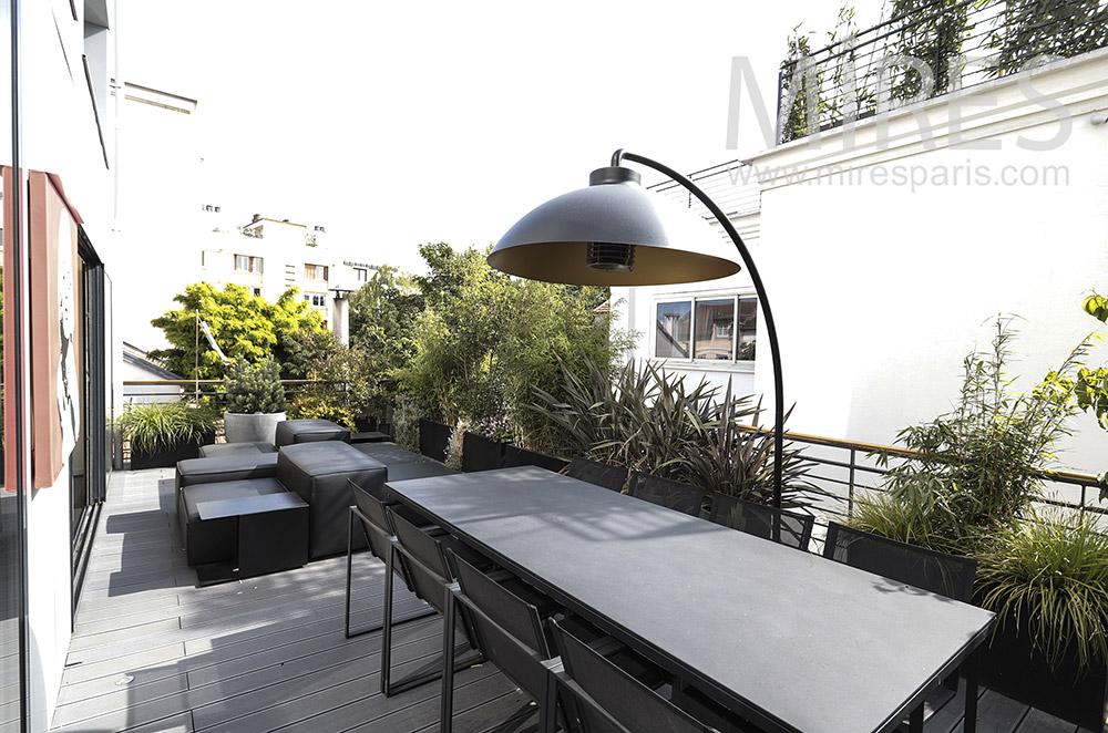 Terrasse urbaine. C1710