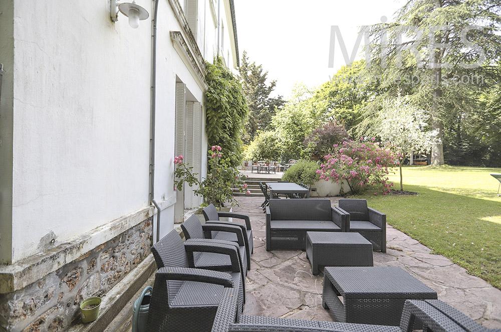 Salon de terrasse. C1712