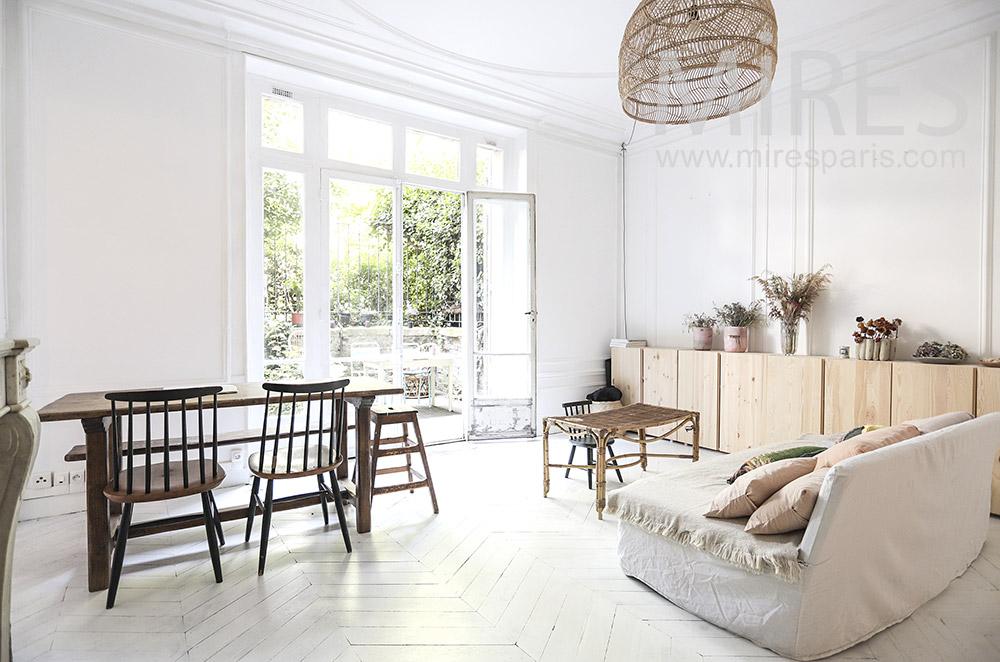 Nature living room, white parquet. C1724