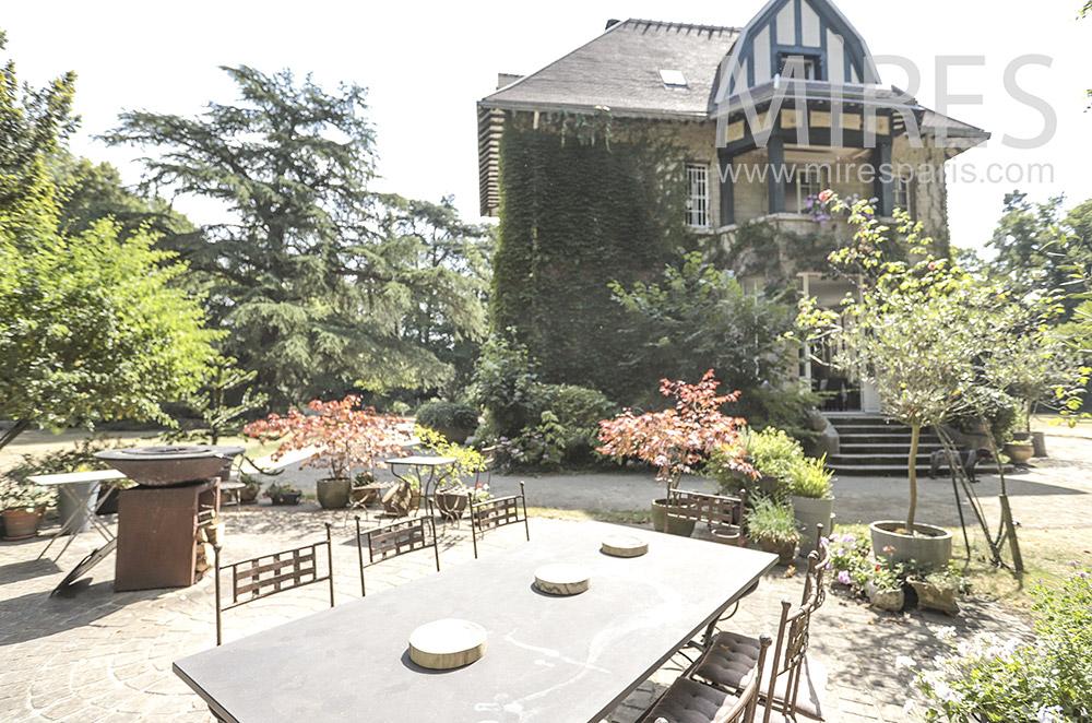 Garden side terrace. C1734