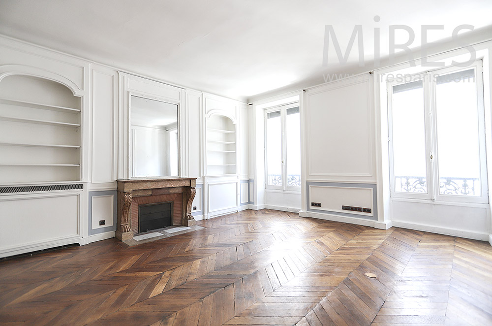Empty white apartment. C1748