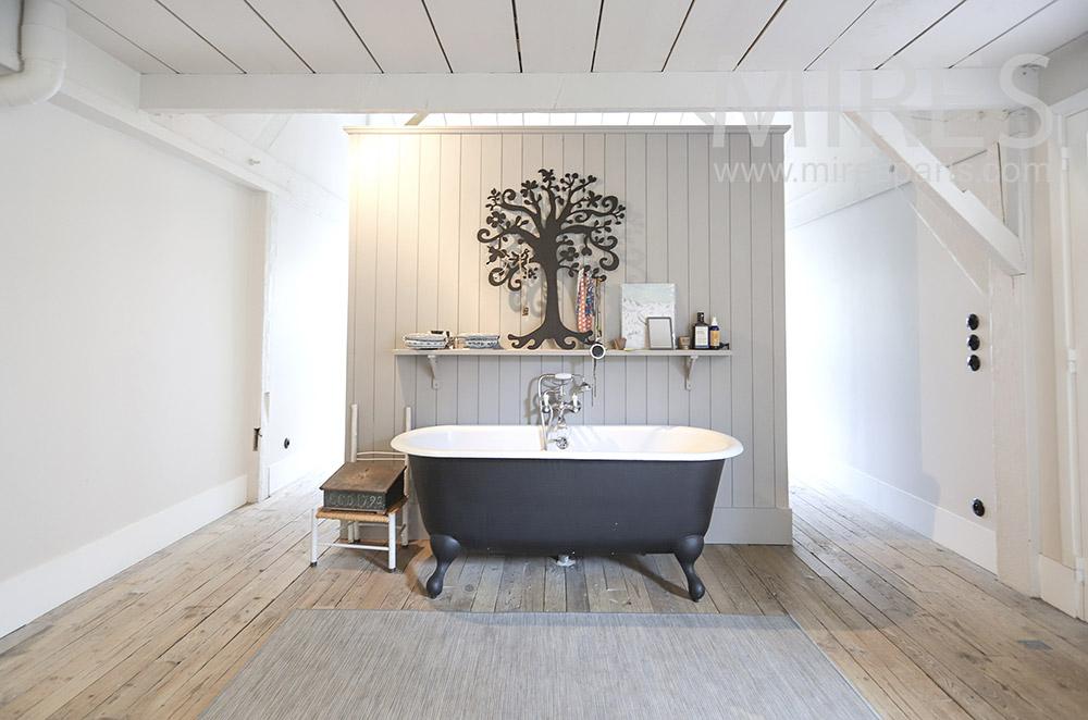 Old bath. C1745