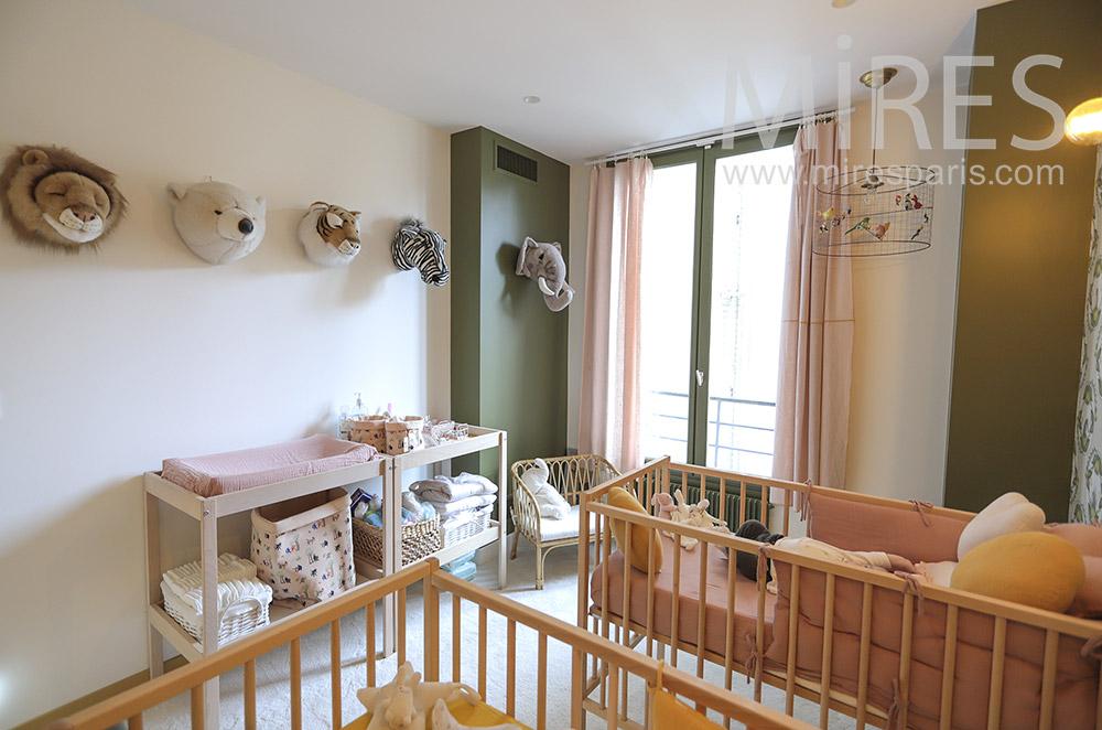 Chambre bébé. C1758