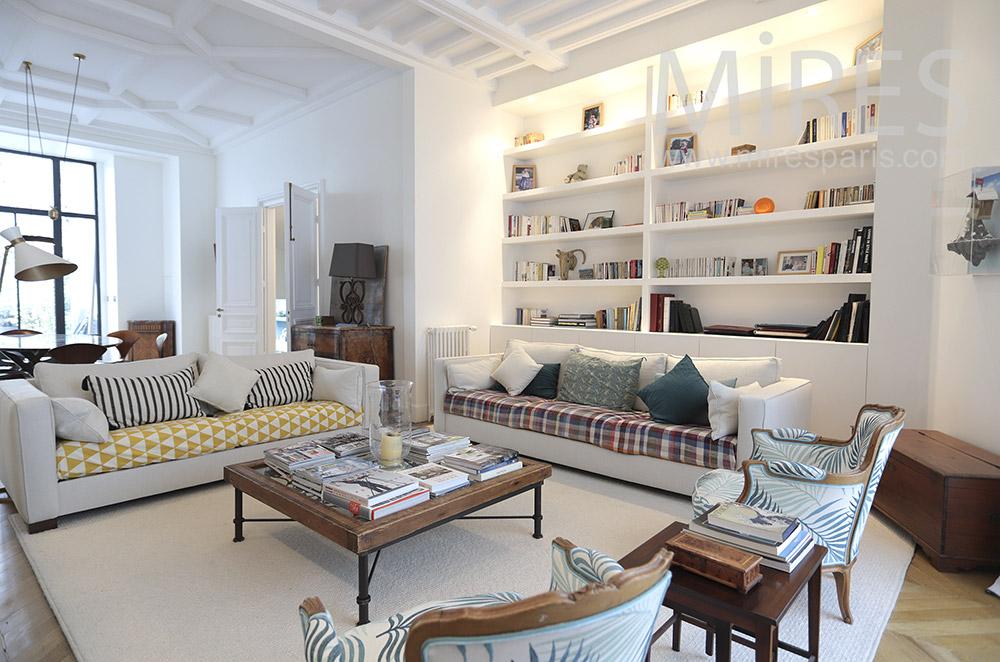 Large white living room. C1773