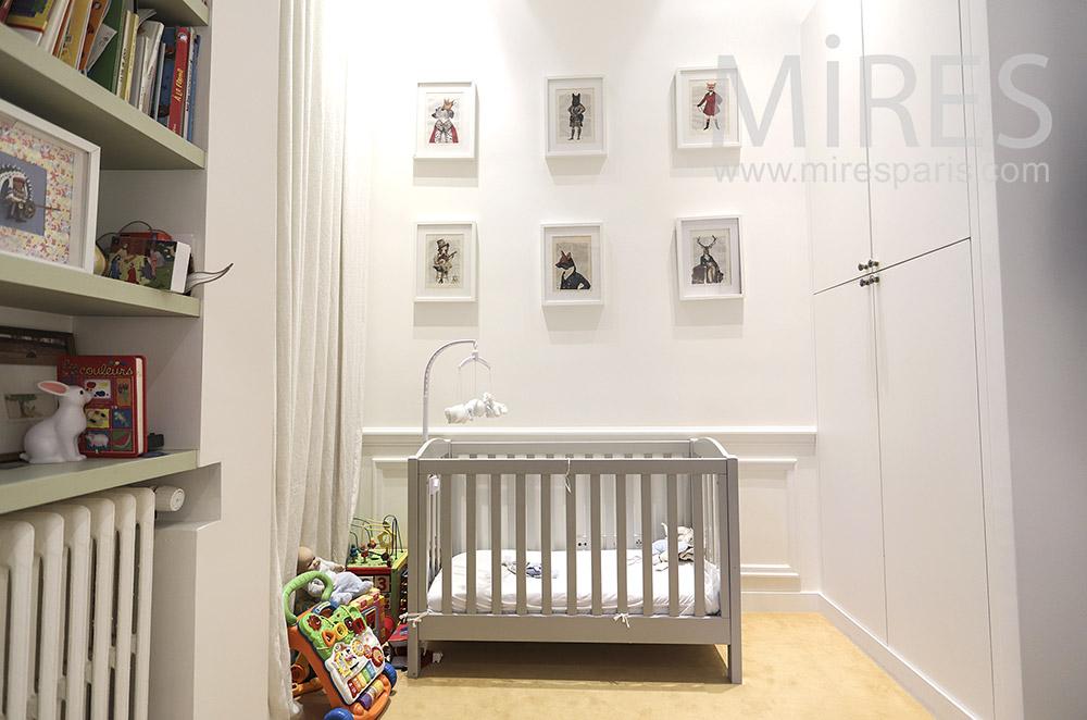 Chambre bébé. C1785