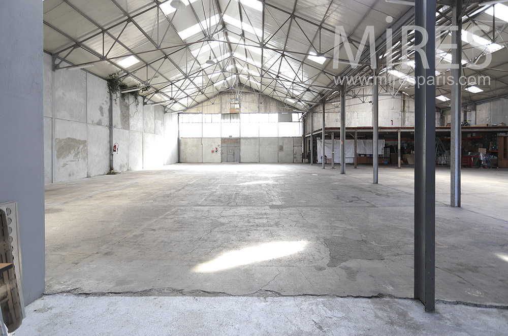 Empty industrial space. C1818