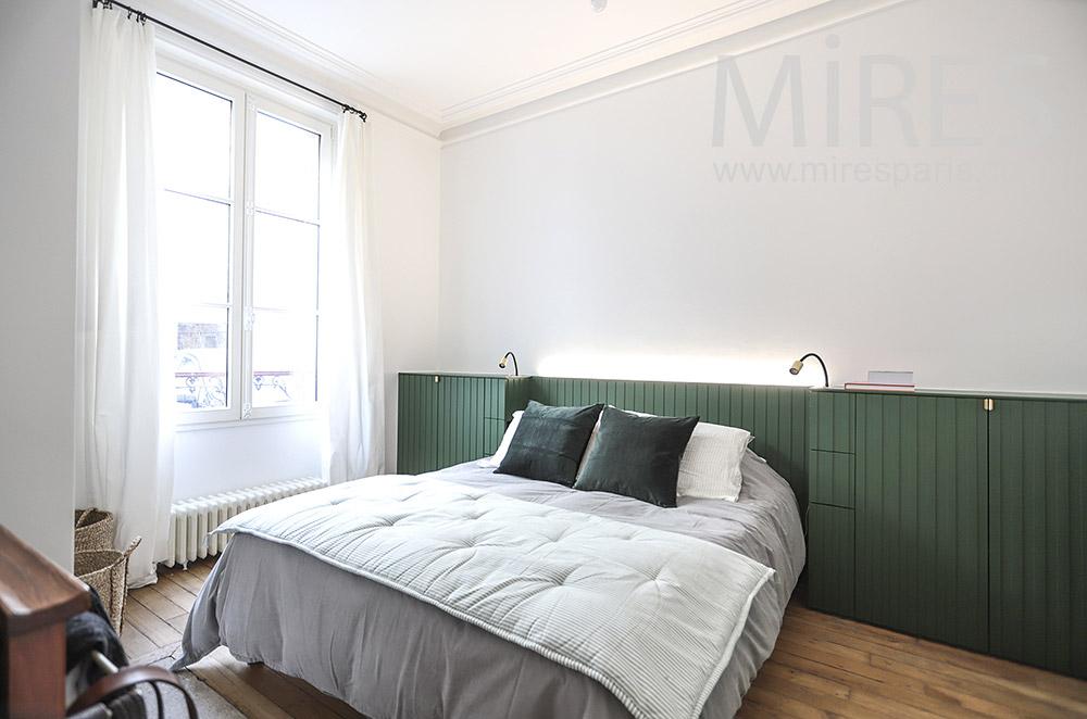 Chambre à liseuses de lit. C1803