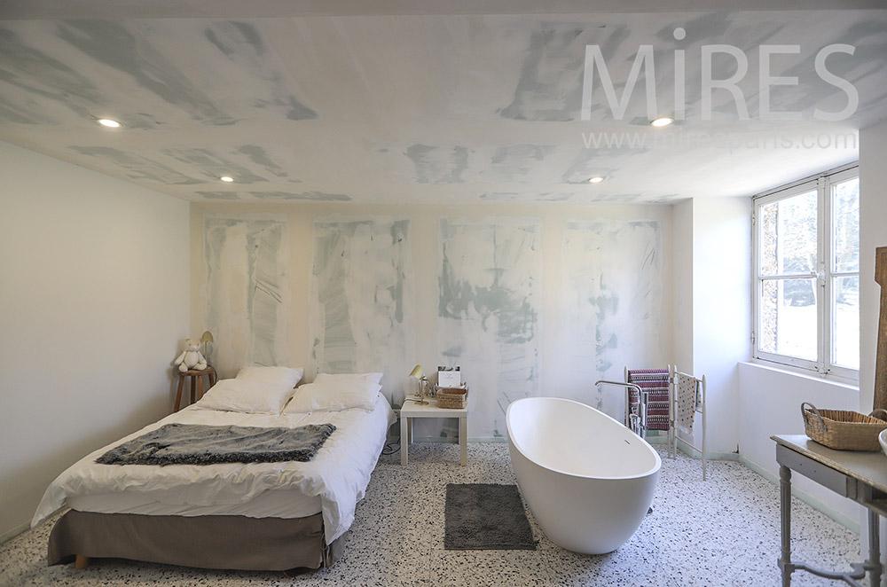 Chambre avec bains. C1805