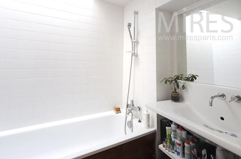 Petite salle de bains. C1814