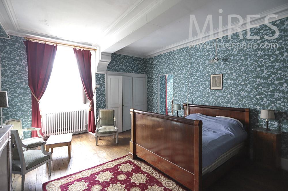 Nice blue room. C1819