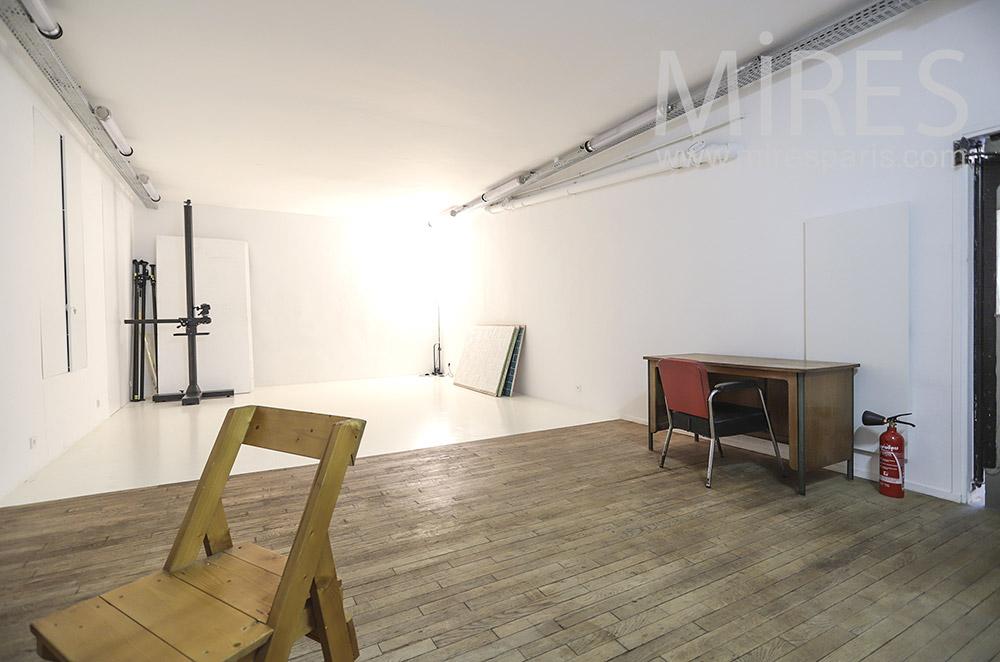 Studio photo. C1822