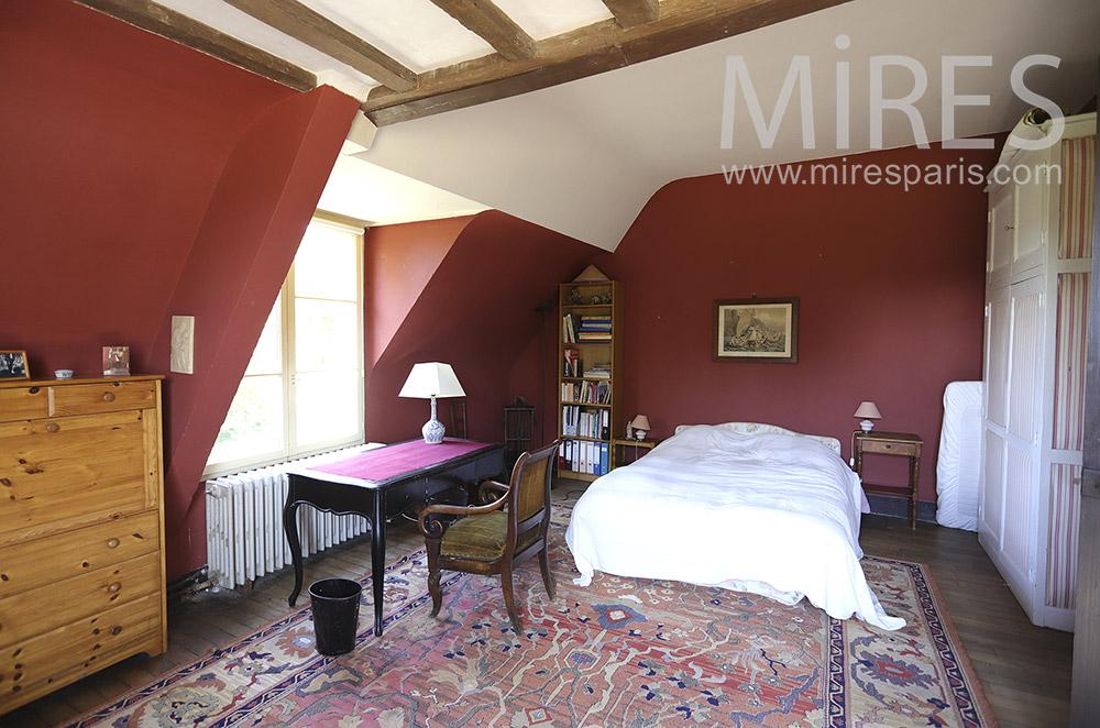 Chambre sous les toits. C0151