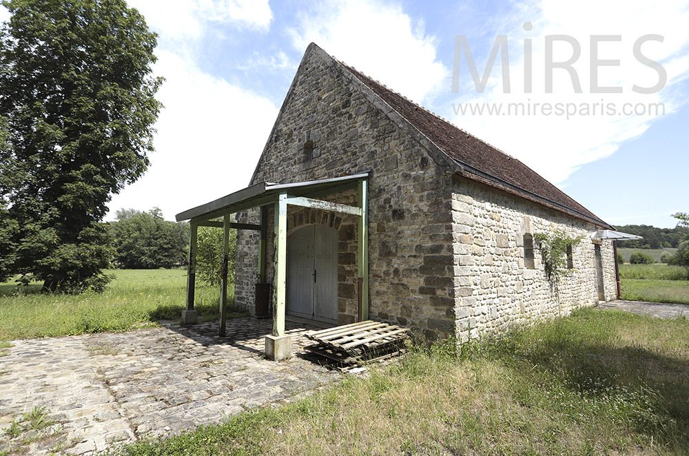 Beautiful stone barn. C1842