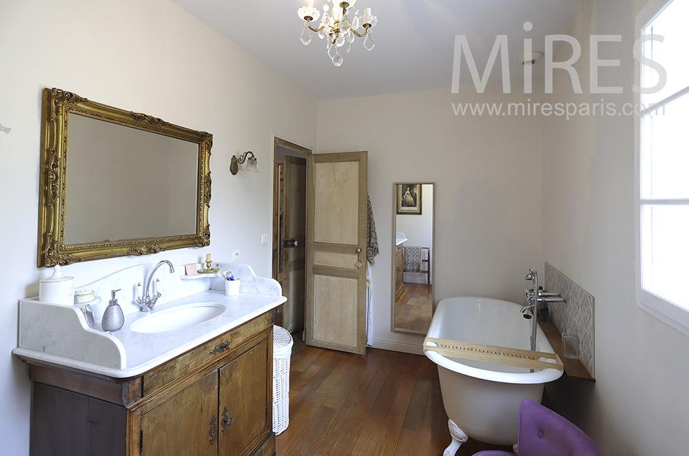 Old bathtub. C1851