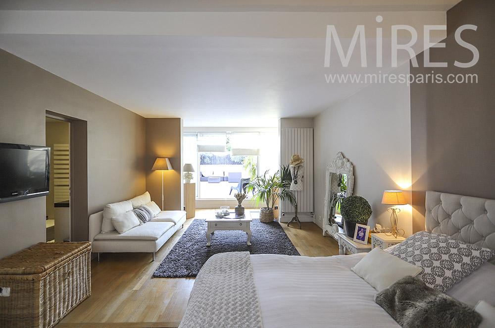 Grande chambre avec salon. C1856