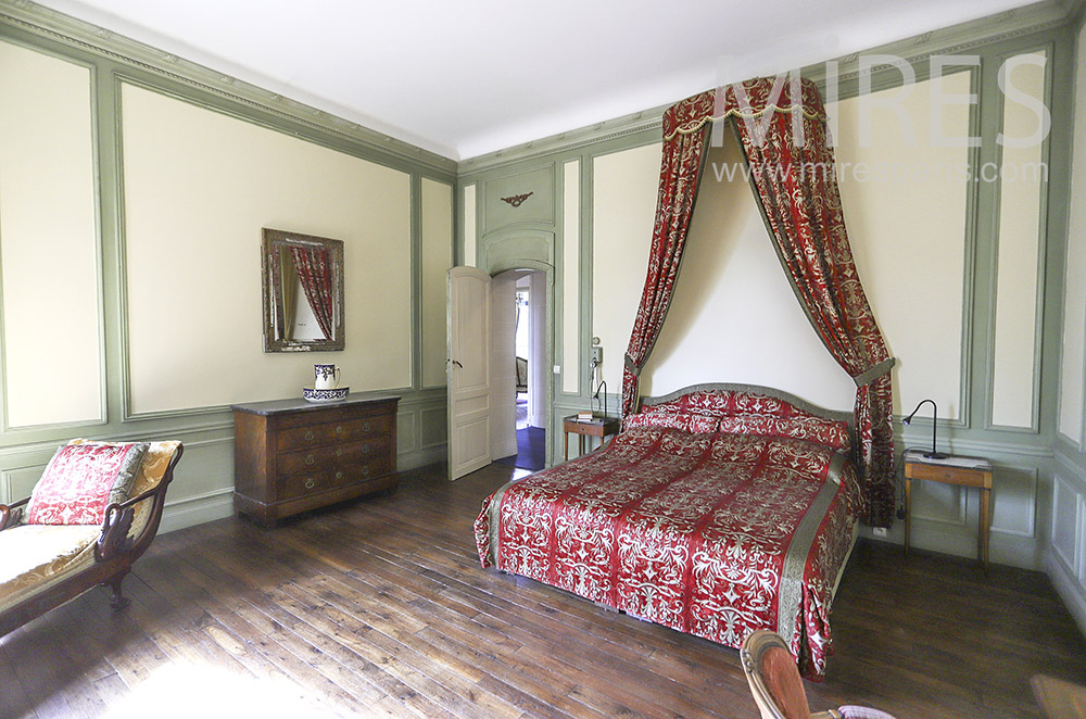 Colorful bedroom. C1864