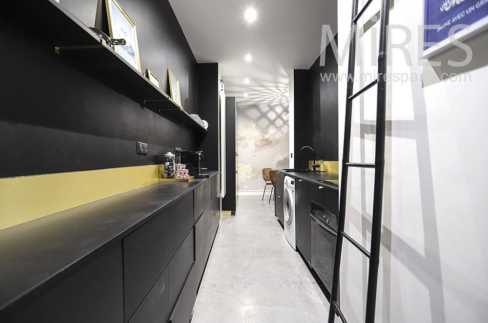 Designer kitchen. C1872