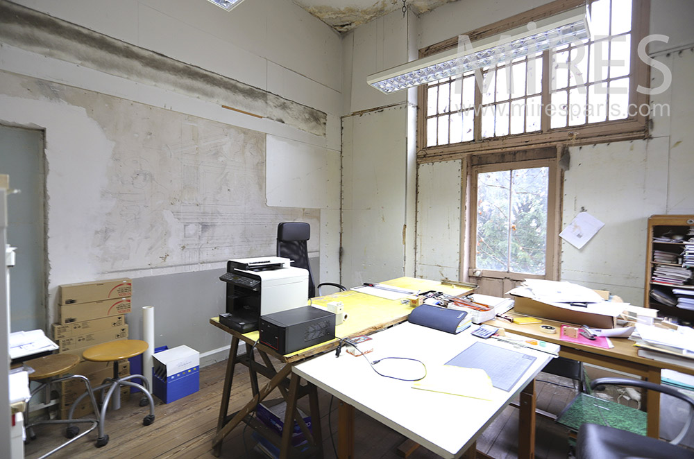 Bureau atelier patiné. C1880