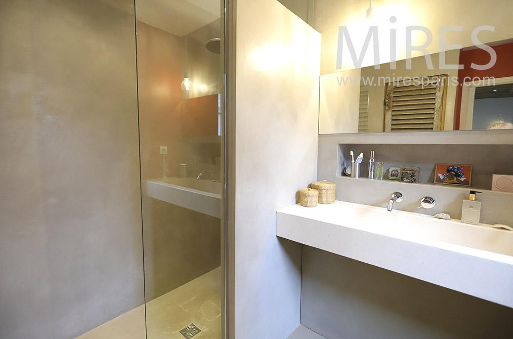 Modern shower. C1894