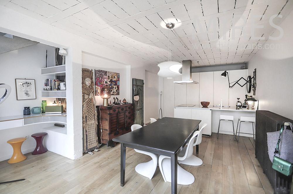 Open kitchen. C1938