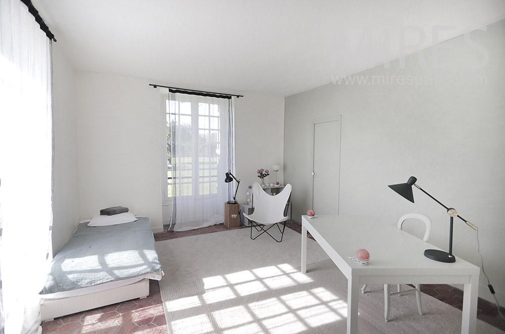 Guest bedroom on the ground floor. C1943